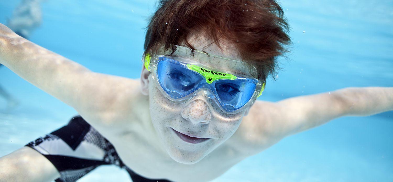 Zwembrilletjes onder water